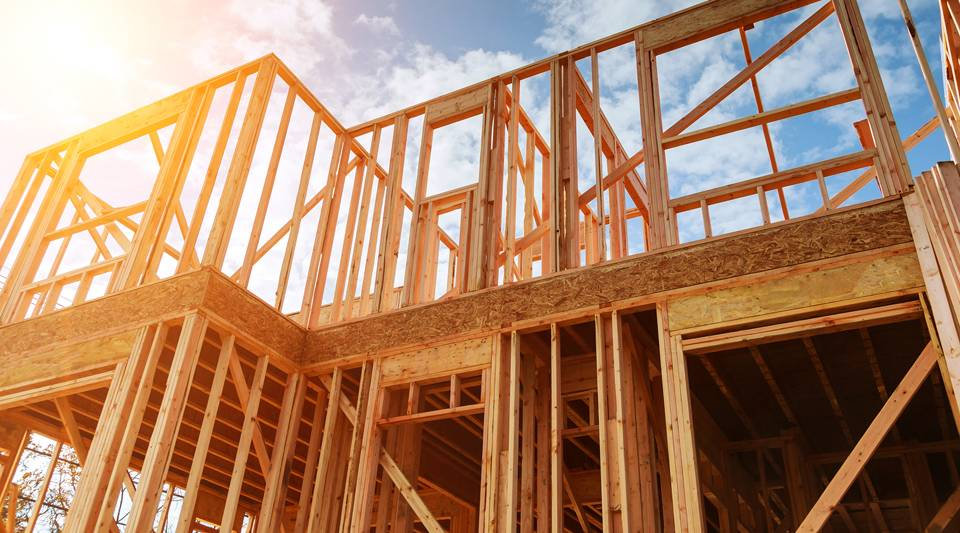 Top 5 Reasons To Choose To Build A Wood Frame Home